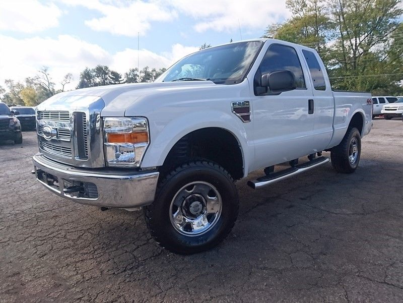low miles 2008 Ford F 250 XLT Supercab pickup