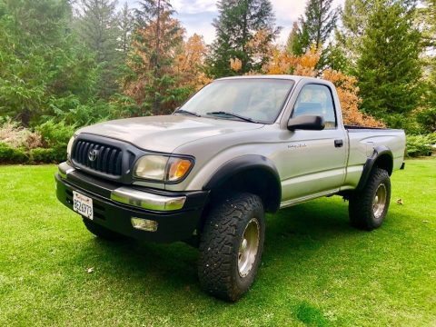 new paint 2003 Toyota Tacoma pickup for sale