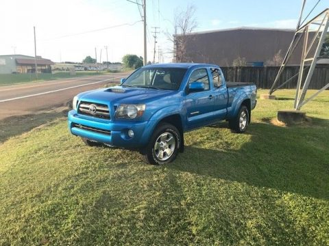 awesome shape 2009 Toyota Tacoma X Runner pickup for sale