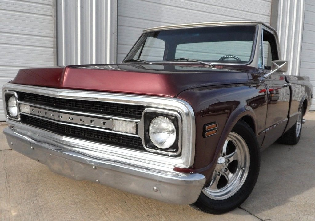 custom fuel injected 1969 Chevrolet C 10 pickup