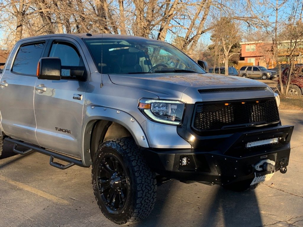 loaded 2014 Toyota Tundra Limited pickup