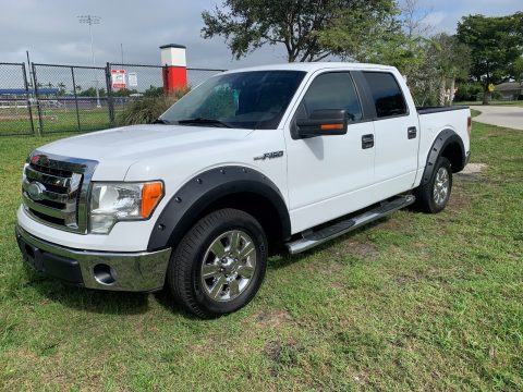 low miles 2009 Ford F 150 XLT pickup for sale