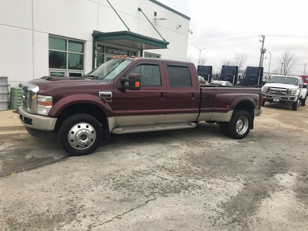 super clean 2010 Ford F 450 KING RANCH pickup