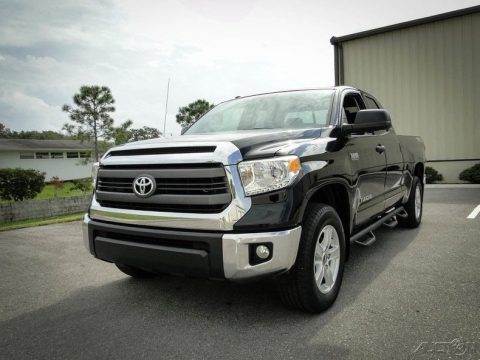 super clean 2015 Toyota Tundra pickup for sale