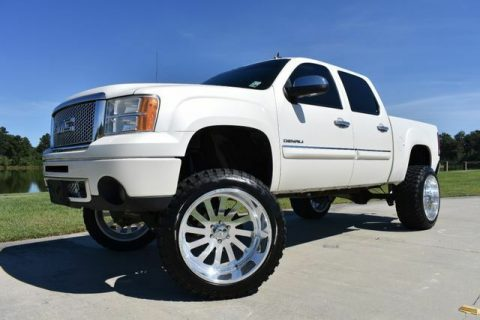 big lift 2011 GMC Sierra 1500 Denali pickup for sale