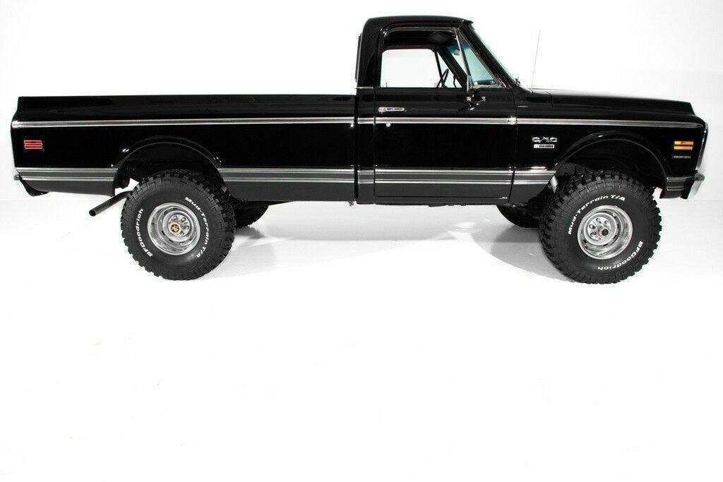 Black beauty 1972 Chevrolet K10 Pickup
