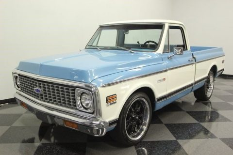 gorgeous 1972 Chevrolet C 10 Cheyenne pickup for sale