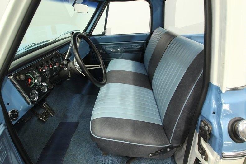 gorgeous 1972 Chevrolet C 10 Cheyenne pickup