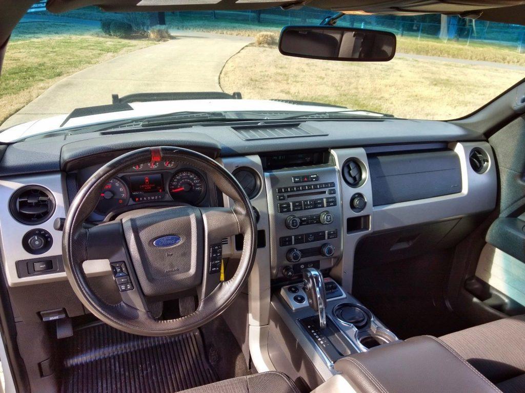 great shape 2011 Ford F 150 Raptor SVT pickup
