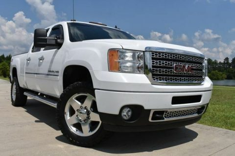 great shape 2011 GMC Sierra 2500 Denali pickup for sale