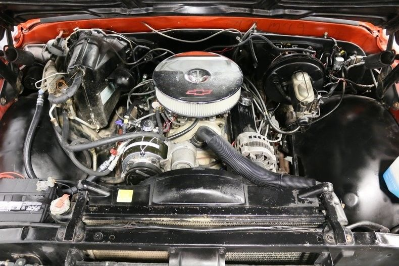 nicely detailed 1971 Chevrolet C 10 Pickup