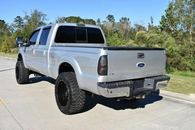 very nice 2011 Ford F 250 Lariat pickup