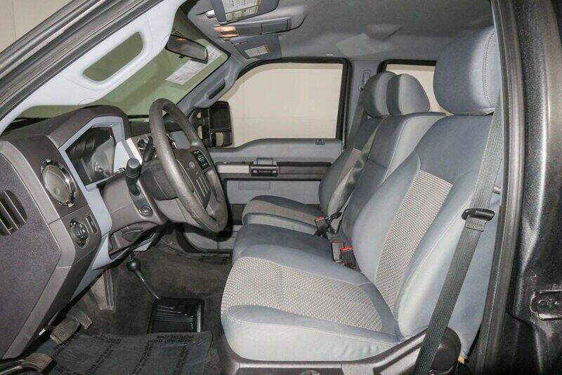 loaded 2016 Ford F 250 XLT custom pickup