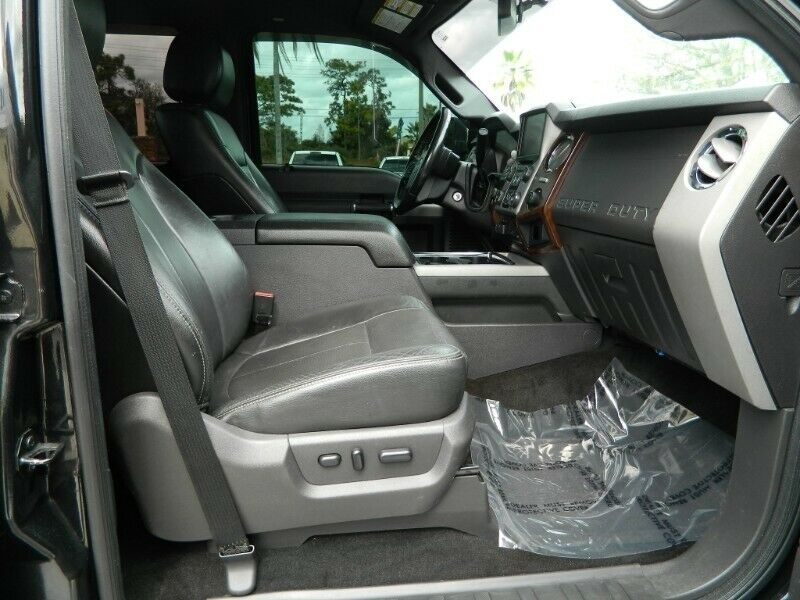 well equipped 2013 Ford F 250 Lariat pickup