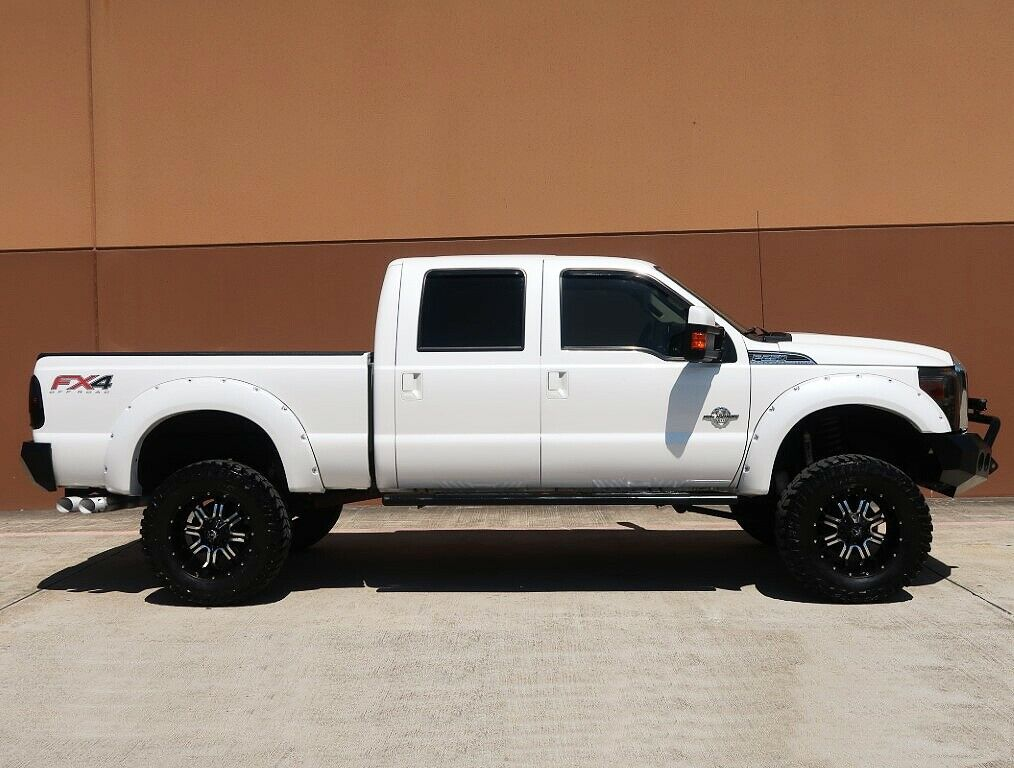 great shape 2013 Ford F 250 Lariat pickup