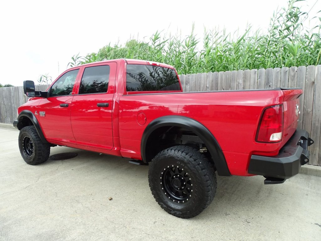 loaded 2012 Dodge Ram 2500 ST pickup