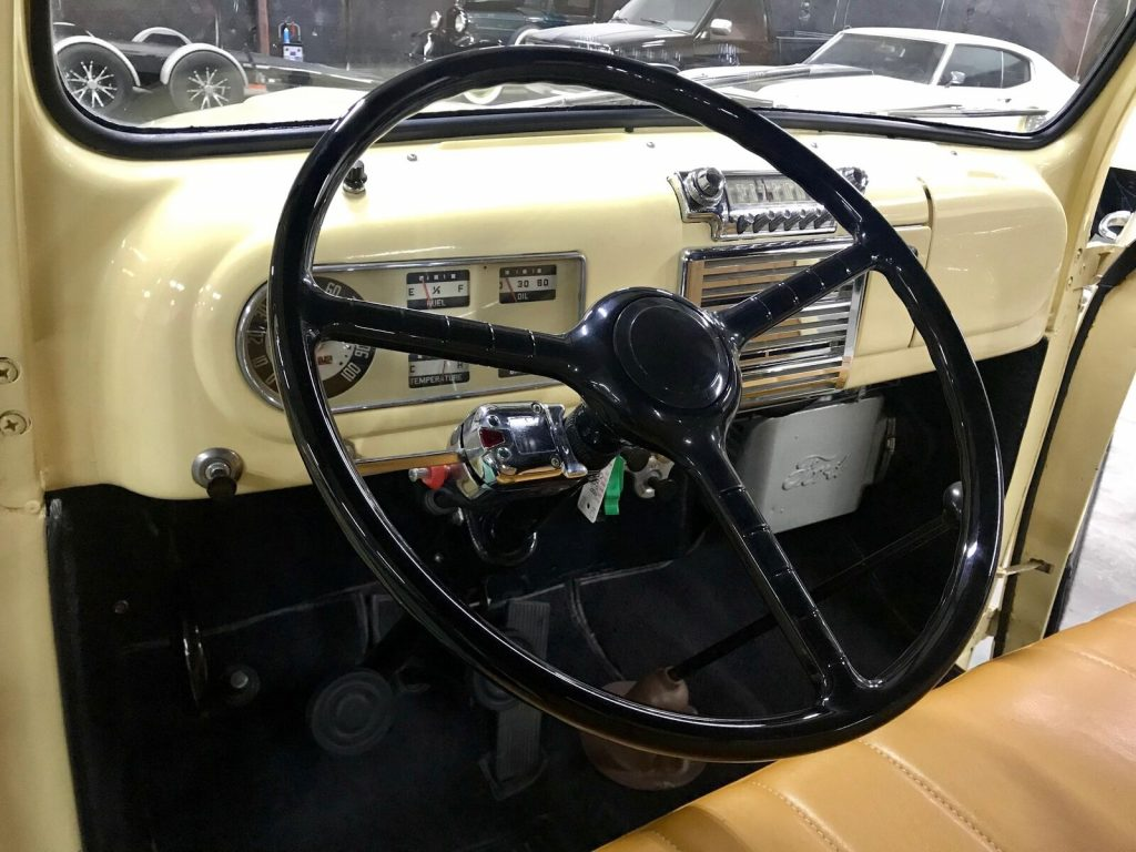 very nice 1949 Ford Pickup Flathead V8 vintage pickup