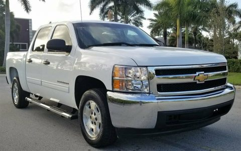 well optioned 2013 Chevrolet Silverado 1500 LT pickup for sale