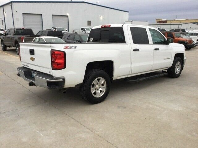 well equipped 2014 Chevrolet Silverado 1500 LT pickup
