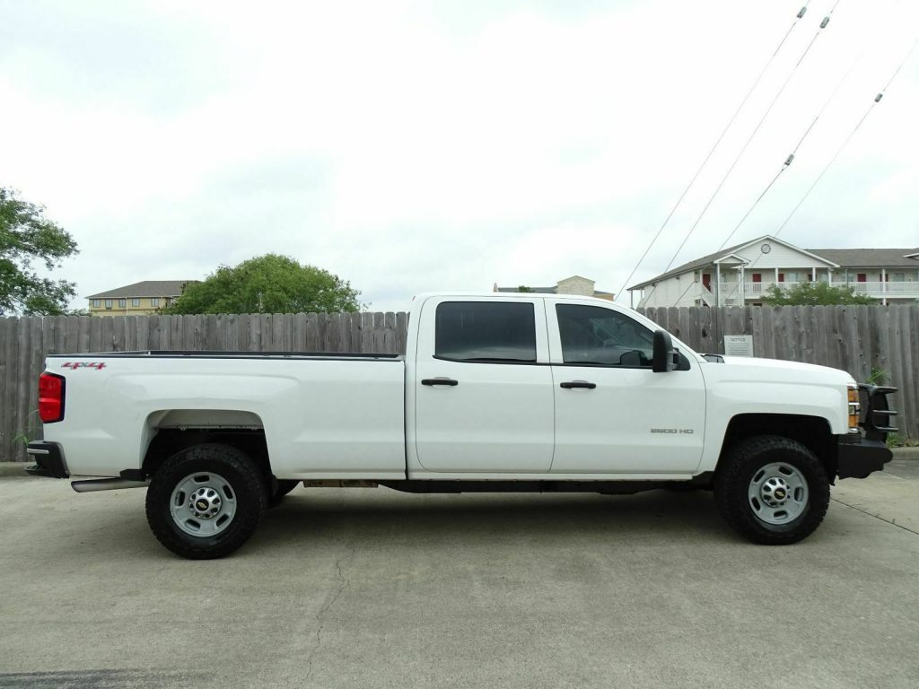 well equipped 2015 Chevrolet Silverado 2500 pickup