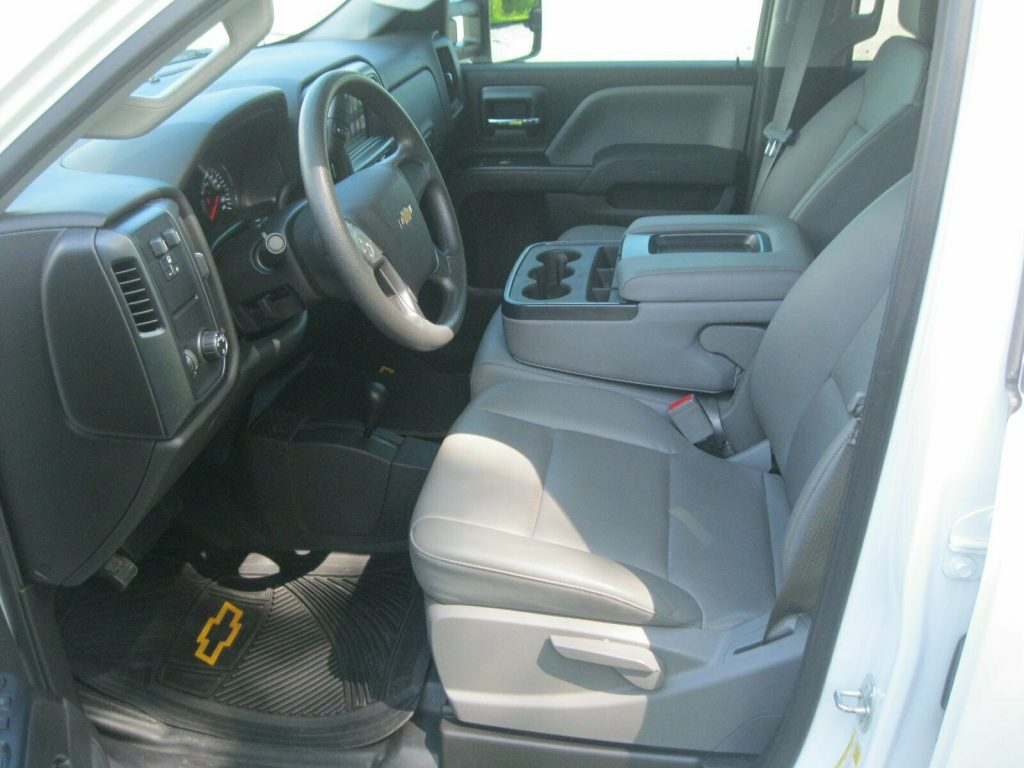 amazing shape 2016 Chevrolet Silverado 2500 pickup
