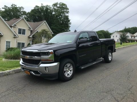 great shape 2016 Chevrolet Silverado 1500 LT pickup for sale