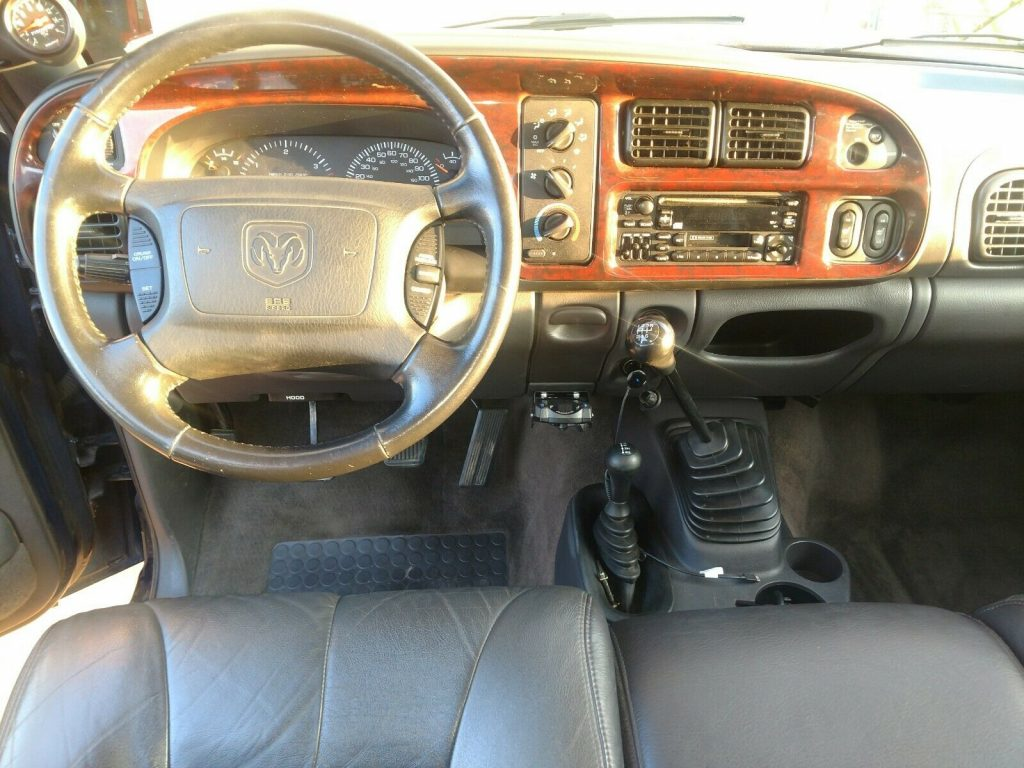 solid 2002 Dodge Ram 3500 SLT pickup