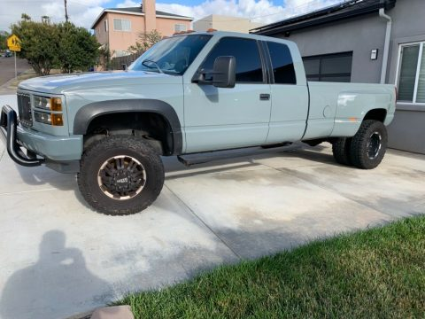 very clean 1994 GMC Sierra 3500 pickup for sale