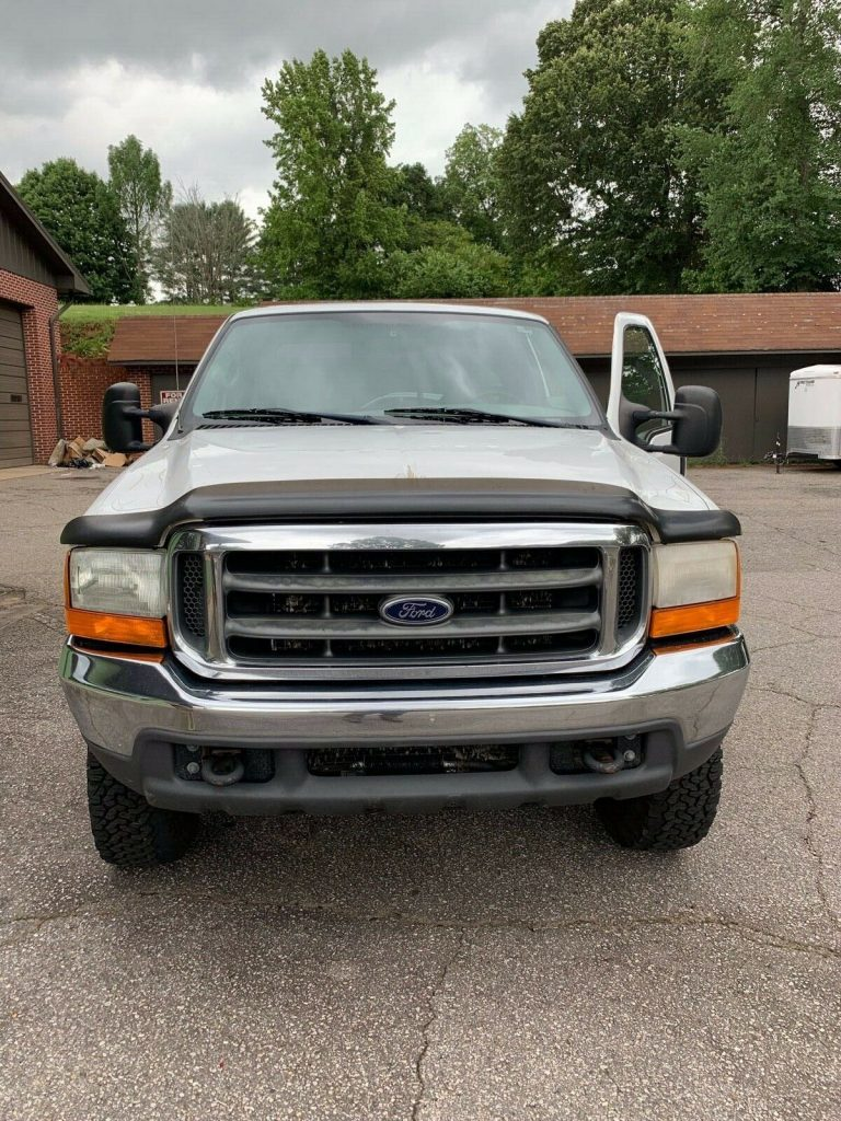 well cared for 2000 Ford F 250 XLT pickup