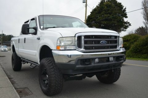 well equipped 2002 Ford F 350 Lariat pickup for sale