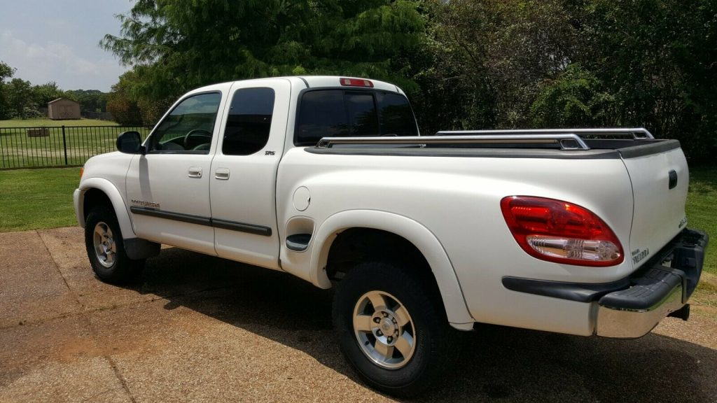 well serviced 2003 Toyota Tundra SR5 pickup