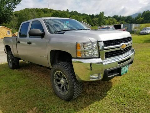 well maintained 2007 Chevrolet Silverado 2500 pickup for sale