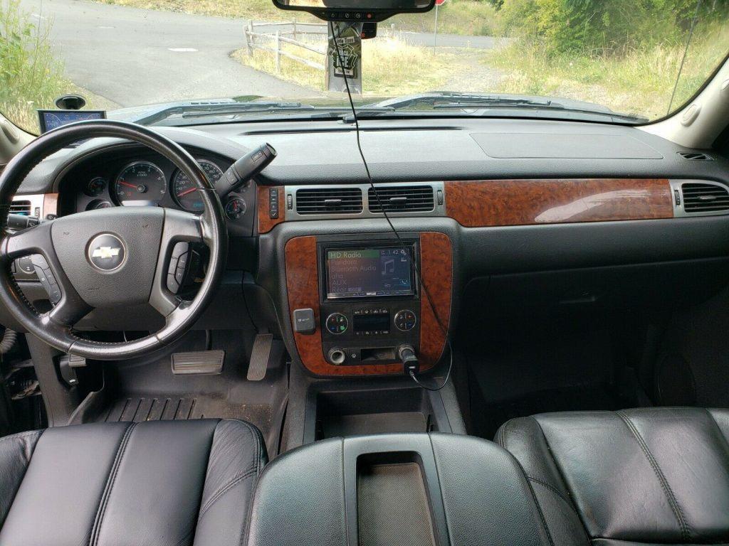 well modified 2007 Chevrolet Silverado 2500 HD LT Z71 pickup