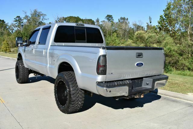 very clean 2011 Ford F 250 Lariat pickup