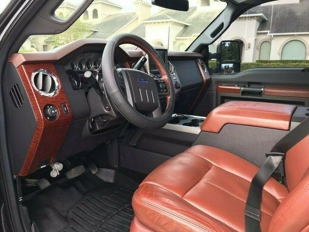 fully loaded 2014 Ford F 350 King Ranch pickup
