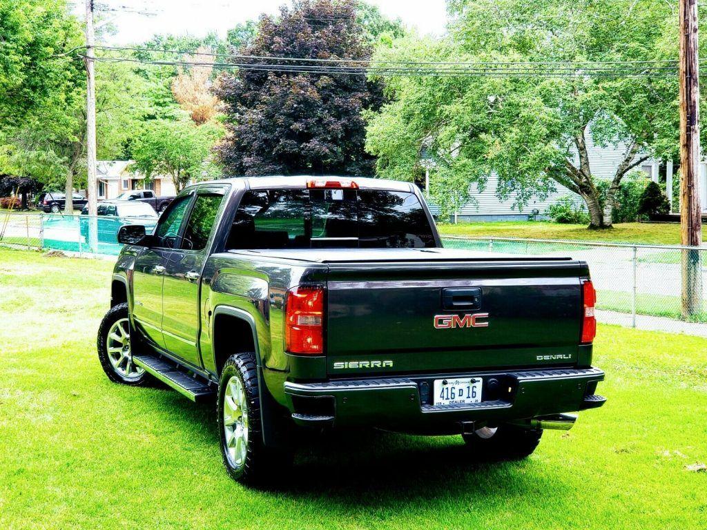 loaded 2015 GMC Sierra 1500 Denali pickup