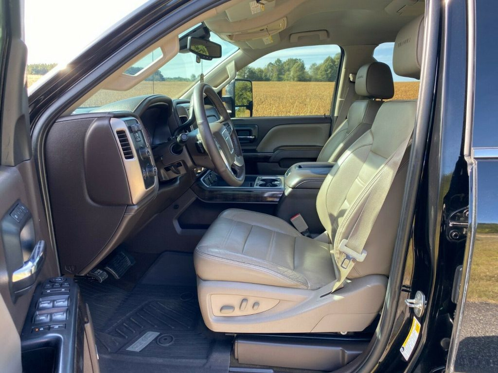 loaded 2015 GMC Sierra 2500 Denali pickup
