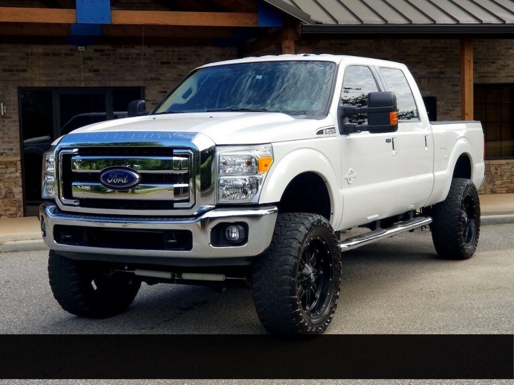 low miles 2015 Ford F 250 XLT pickup