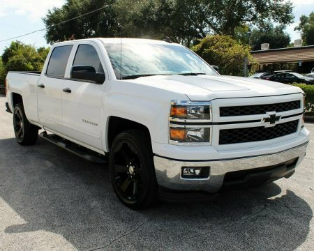 very nice 2015 Chevrolet Silverado 1500 LT pickup for sale