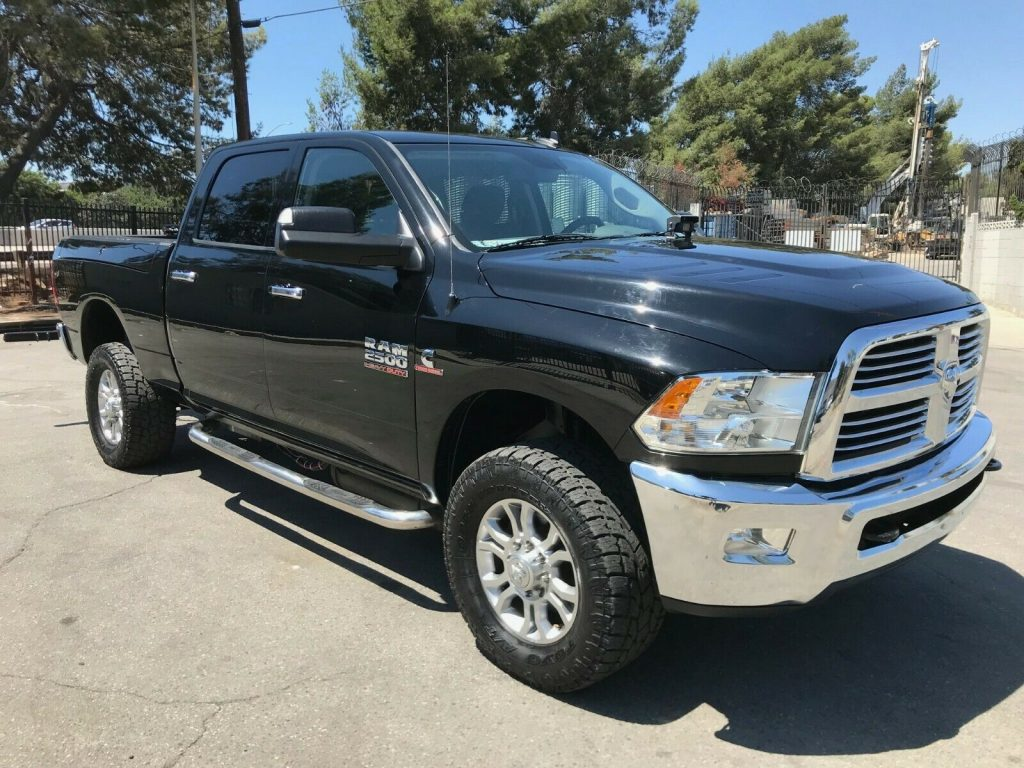 well equipped 2014 Dodge RAM 2500 TOW TRUCK pickup