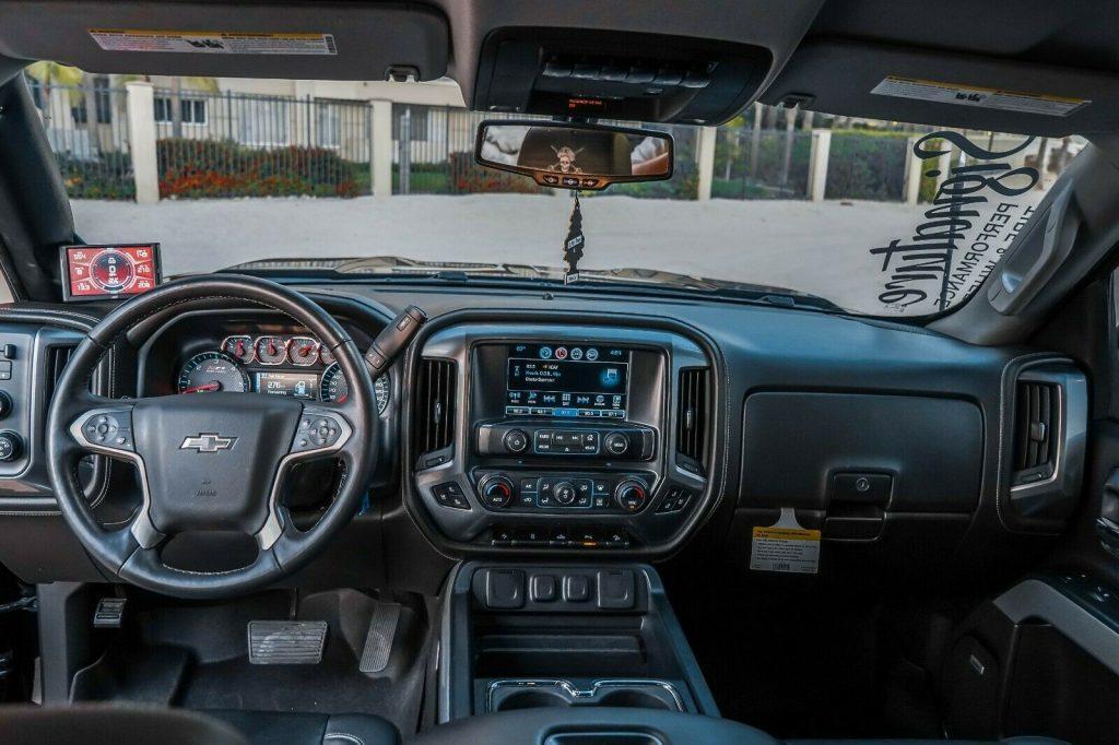 fully loaded 2017 Chevrolet Silverado 1500 LTZ Z71 Midnight Edition 6.2L pickup