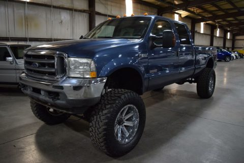 very nice 2004 Ford F 250 Lariat pickup for sale