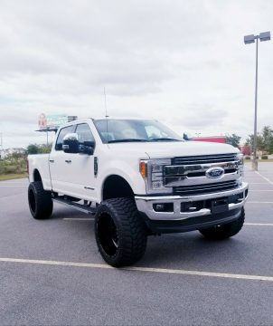 low miles 2017 Ford F 250 LARIAT pickup for sale