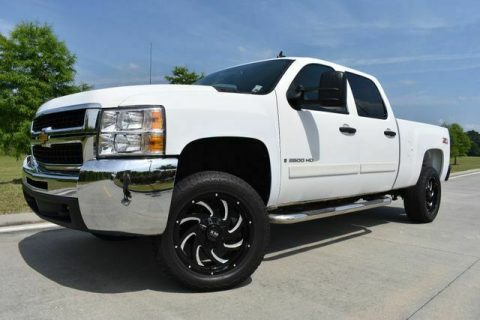 very nice 2008 Chevrolet Silverado 2500 LT w/1LT pickup for sale