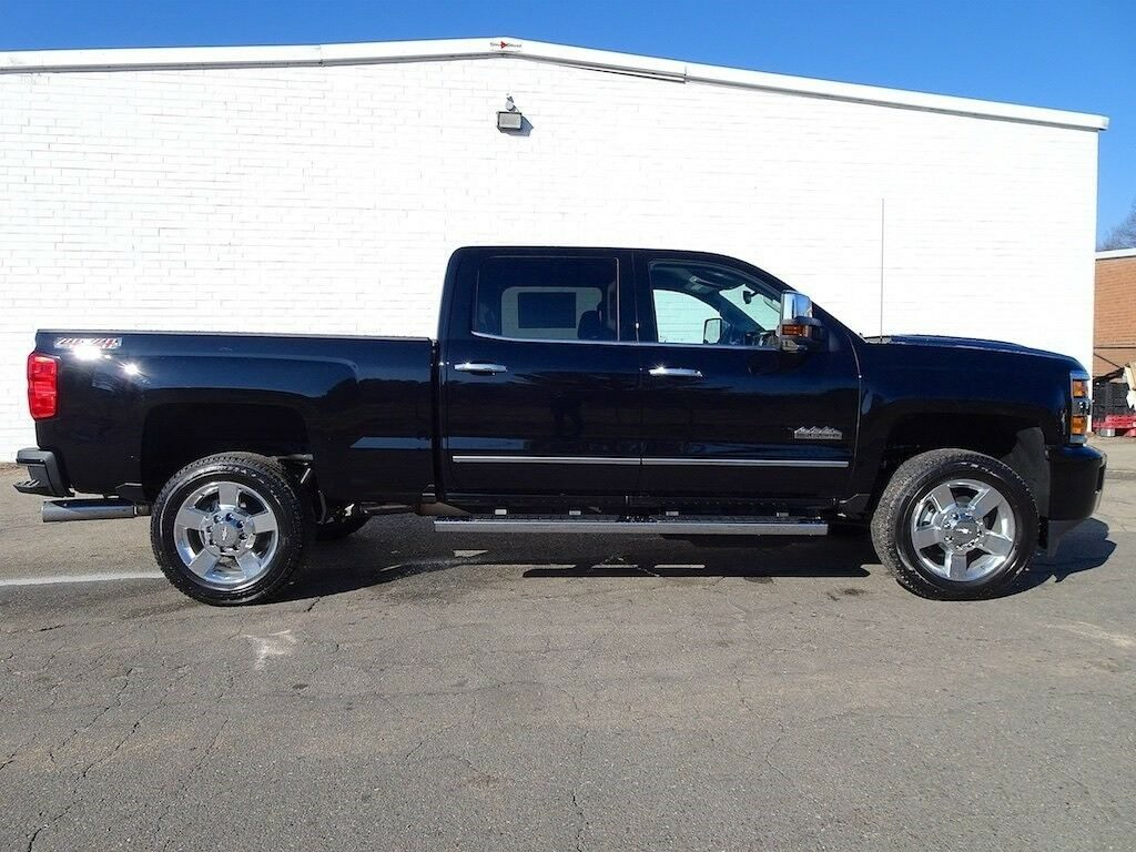 well equipped 2019 Chevrolet Silverado 2500 High Country pickup