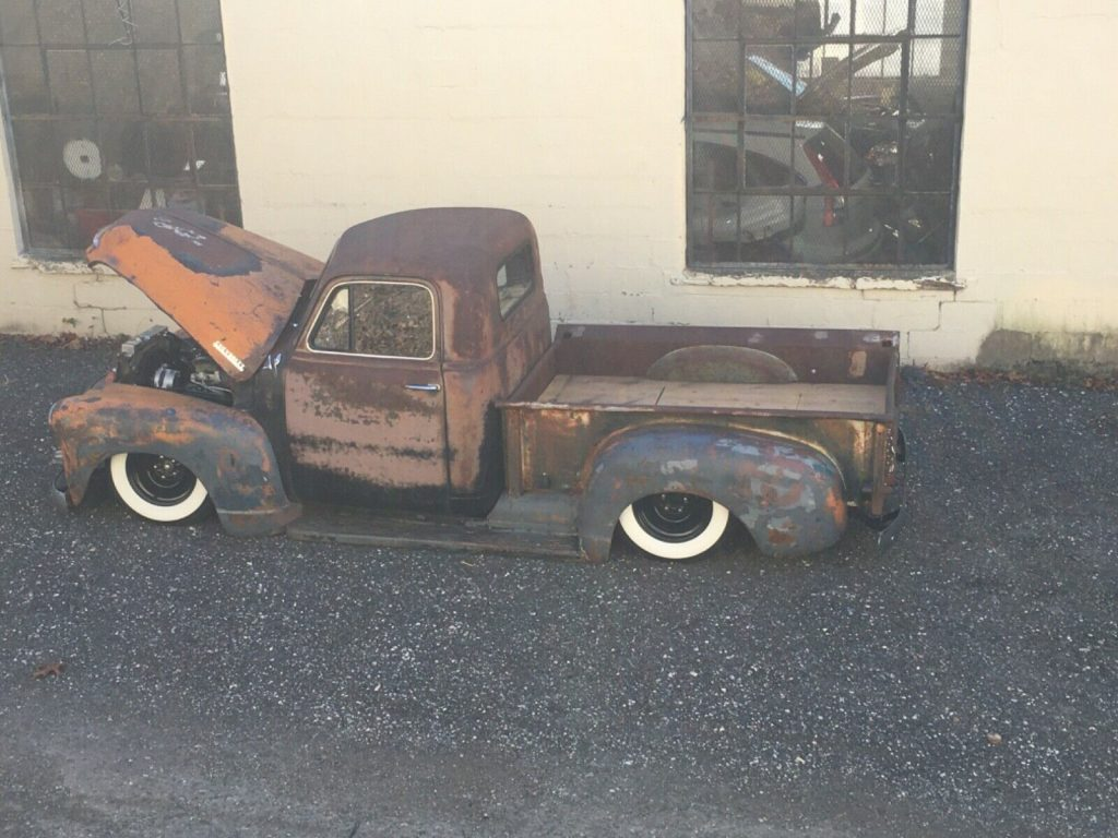 custom 1953 Chevrolet vintage Pickup