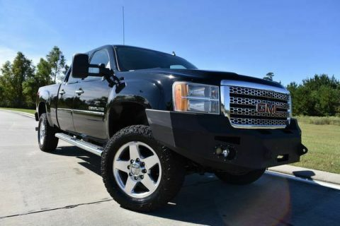 fully loaded 2012 GMC Sierra 2500 Denali pickup for sale