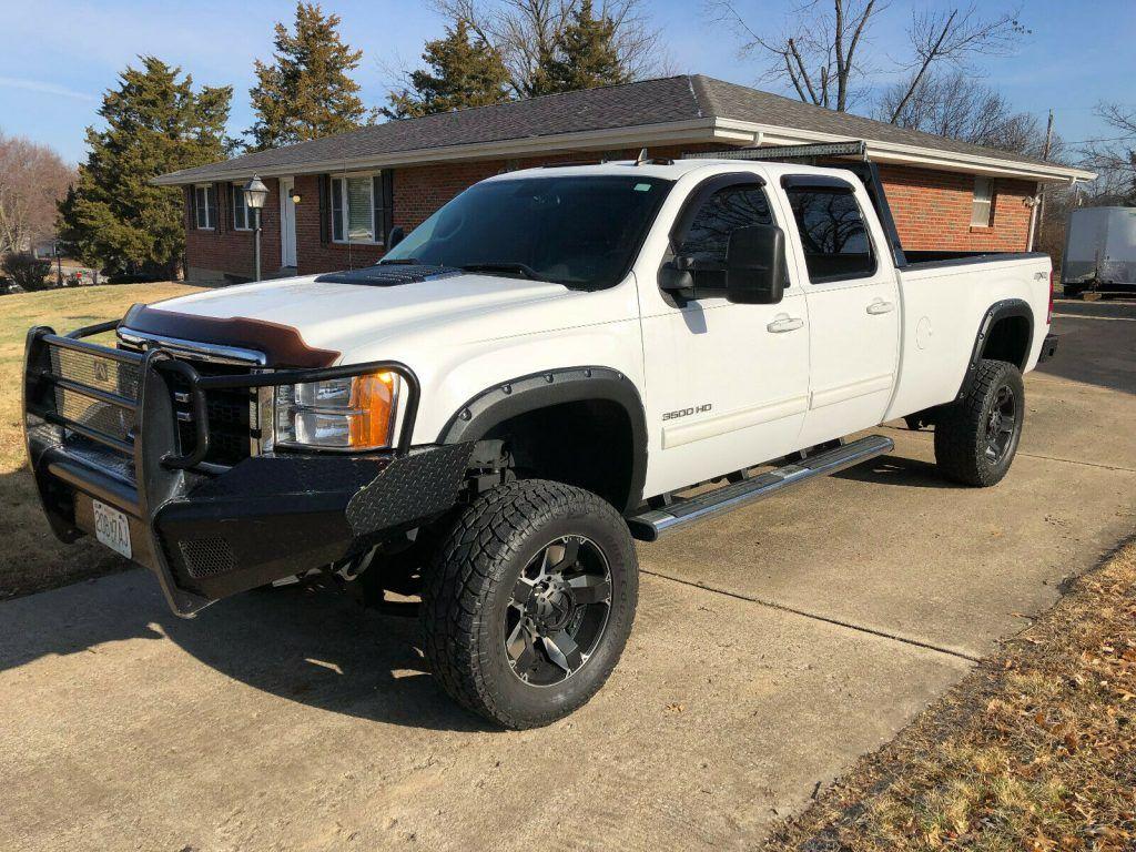 loaded 2011 GMC Sierra 3500 K3500 SLT pickup