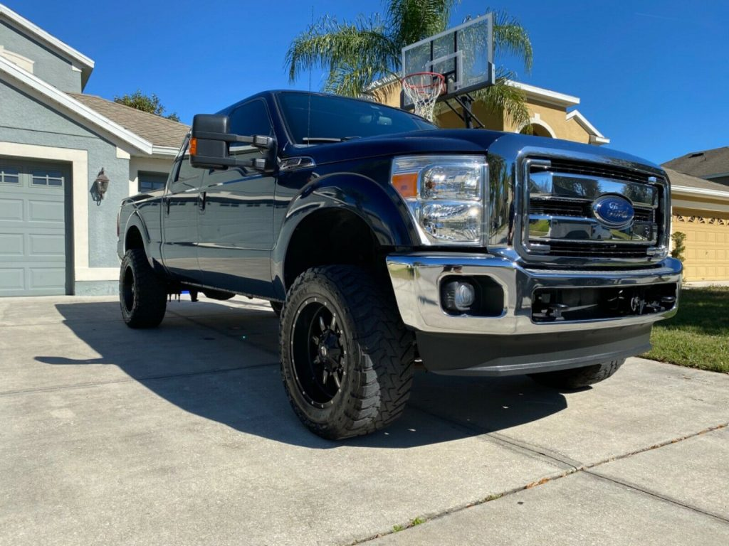 well optioned 2013 Ford F 250 Super DUTY pickup
