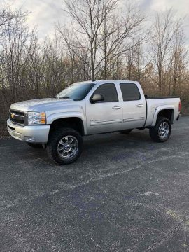great shape 2011 Chevrolet Silverado 1500 K1500 LT pickup for sale
